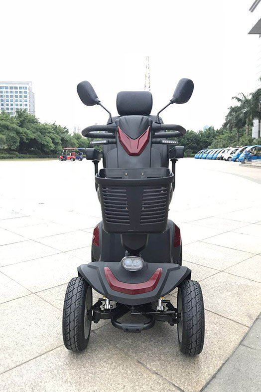 Versatile mobility scooter