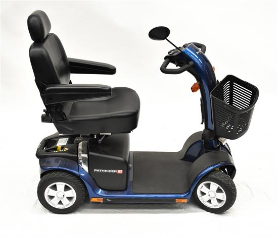 Pathrider 10 Deluxe scooter
